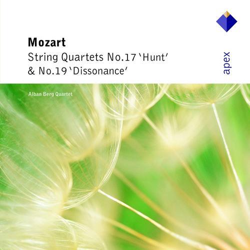 """MOZART, W.A.: String Quartets Nos. 17, """"Hunt"""" and 19, """"Dissonance"""" (Alban Berg Quartet)"""
